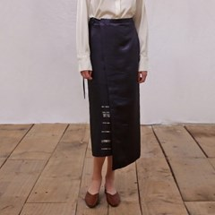 [모어올레스] Campaign silky wrap skirt - Navy_(2037531)
