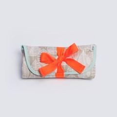 [율그란] 오가닉 휴대용 기저귀매트 라인리프 베이지