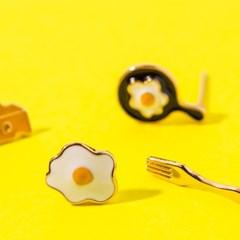 치즈 계란후라이 팬 포크 세트귀걸이