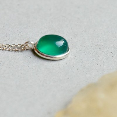 adore.green onyx