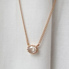 basic zircon necklace