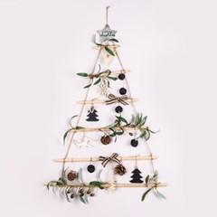 인테리어 소품 크리스마스 행잉 우드 벽트리 올리브 블_(1785612)
