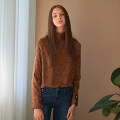 [클렛] FLOWER HIGH NECK BLOUSE BROWN