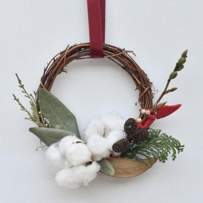 북유럽 크리스마스 미니 산타 목화솜 드라이플라워 리스 소품