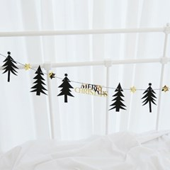 Black Tree Garland