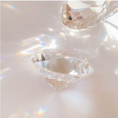 대형 다이아몬드 소품