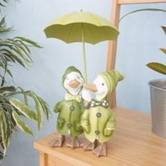그린 우산 커플 오리_(1435905)