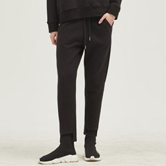 [룩캐스트] BLACK ONE POINT TRAINING PANTS