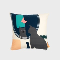 Kitty in the mirror cushion covers