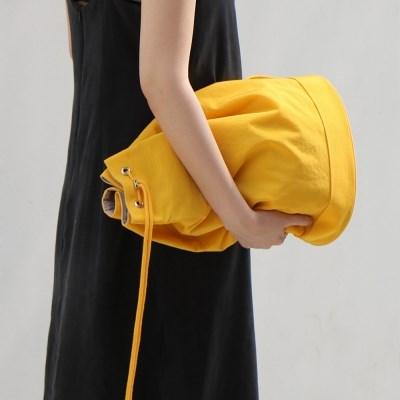 monochrome shoulder bag _ yellow