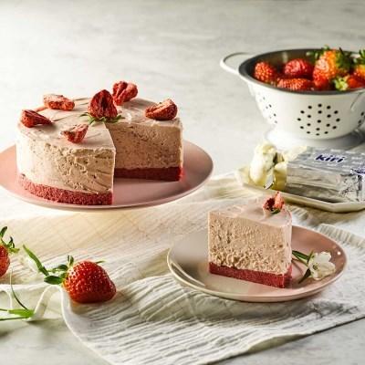 피나포레 x kiri 딸기 치즈 케이크 만들기 DIY 홈베이킹 쿠킹박스