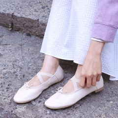 X banding flat shoes