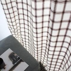 브라운 라인체크 커튼