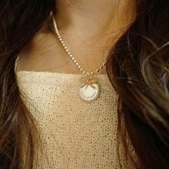 cherish round necklace