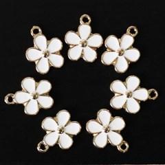 [펠트친구]금속참장식-화이트 꽃잎(4개)[1523]