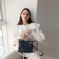 Athe buckle bag Navy/ 아테 버클백 네이비