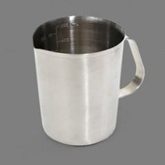 기본형 스텐 계량컵 중 1개