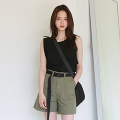 Boxy round sleeveless