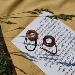 Wood hair string
