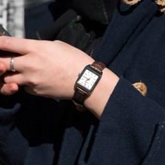 CASIO 카시오 여성시계 가죽밴드 클래식 스퀘어 화이트브라운