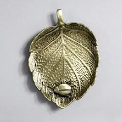 PJ190109-5 청동 나뭇잎 위 무당벌레 찻잔 받침