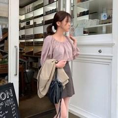 basic off-shoulder blouse_(1323153)