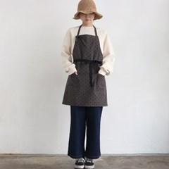 dot short apron