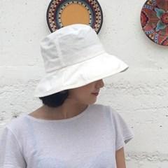 pure Bucket Hat