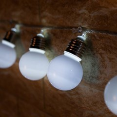 LED 전구캡 백열전구 백색 60mm(2PCS) 전구캡 TRLECV_(1456431)