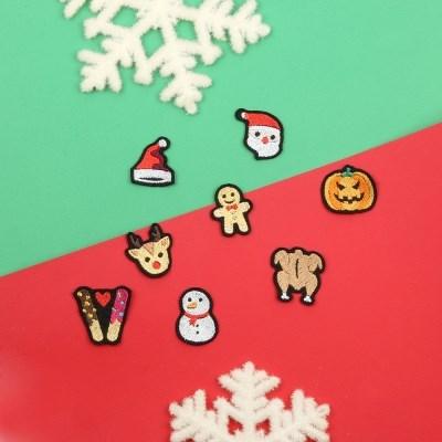 크리스마스/할로윈브로치 눈사람 산타클로스 유령 치킨 빼빼로