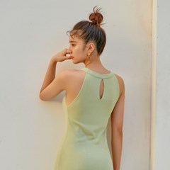 [비키니밴더] 모먼트 미디 니트 원피스 -  pastel green