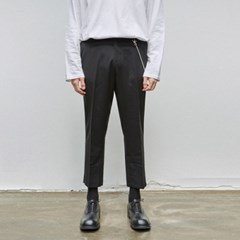 STRAIGHT CROP SLACKS_BLACK