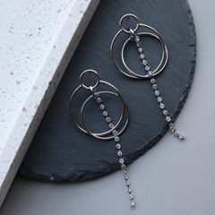 Circle Dropped earring