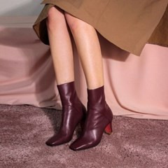 Square Line ankle boots 2 wine