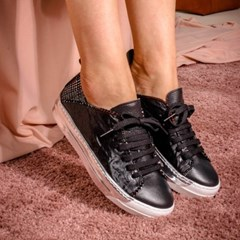 Check Sneakers Black