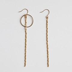 Twist Long Simple Earring
