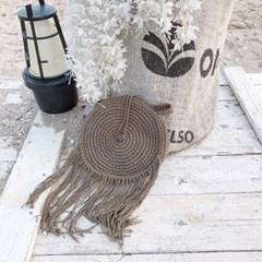 바캉스룩 해변 미니 크로스백_브라운(AG2M9521TARR)