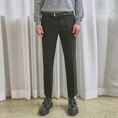 SLIM TAPERED FIT SLACKS_BLACK