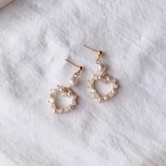 [사은품 반지 증정] 하트 진주 큐브 큐빅 귀걸이 _블루밍캑터스