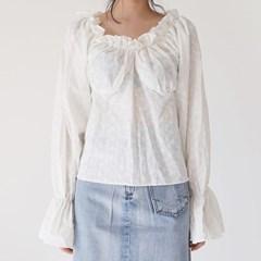 punching lace girl blouse_(1375718)