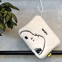 [Peanuts]스누피 부클파우치(Snoopy boucle pouch)_(1766154)