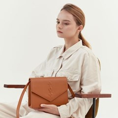Key Hole Bag_Camel