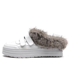 kami et muse Rich fur trimming  backless sneakers_KM19w156