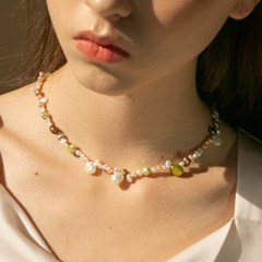 colorful pearl necklace