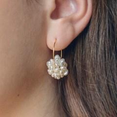 bubble pearl earrings