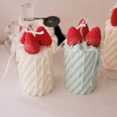 딸기케이크 캔들 / 디자인 캔들
