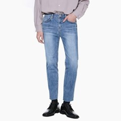 LM034 PERFECT STRAIGHT JEANS_LIGHT BLUE