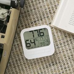 티메이드 화이트 디지털 온습도시계
