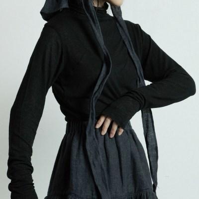 라인 하이넥 탑 : Line high neck top - black