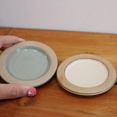 핸드메이드 그릇 뚜껑접시 심플찬기